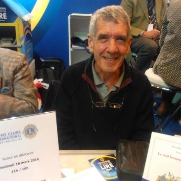 Prix littérature 2016 du Lions Clubs International pour Peter Robert Scott («Le vieil homme sur le toit»)